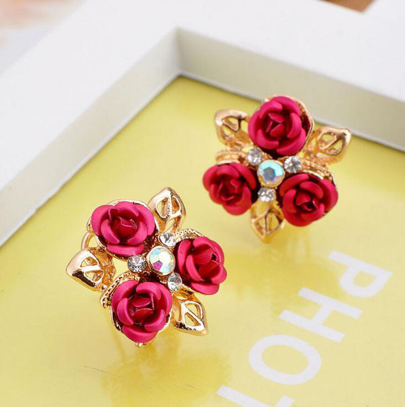 Three Rose