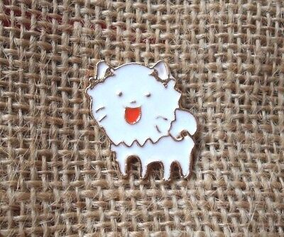 Pomeranian Dog Brooch Metal Badge Enamelled Gold Tone Puppy Face Pin White