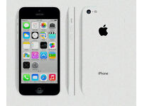 iPhone 5C 32GB white. good condition. new screen. original box
