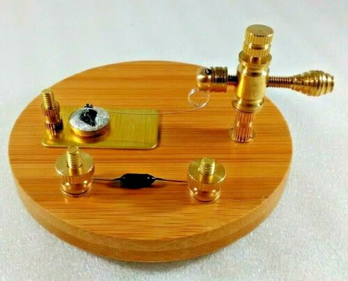 Carborundum Crystal Radio Diode Detector Stand Wood Base Brass and Bias Diode