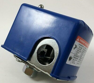 Water Pump Pressure Switch 120230 Volt 30 Psi On 50 Psi Off 14 Female Pipe