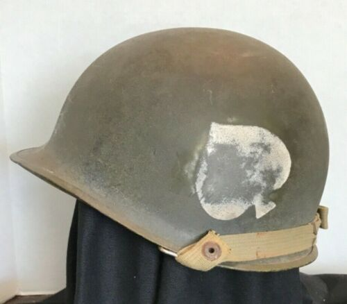 WWII style  M1 101ST  Capac liner rear seam Nice Band of brothers