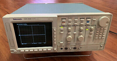 Tektronix Tds 820 Two Channel Digitizing Oscilloscope 6ghz Excellent Condition