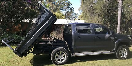 2011 Toyota Hilux Sr (4x4) 5 Sp Manual C/chas Thornlands Redland Area Preview