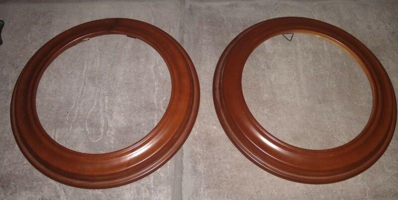 Van Hygan & Smythe Decorative Wooden Round Plate Frames Set of 2 CS94