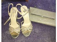 Size 4 gold new look heels and bag