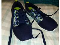New Avon Trainers Size 7