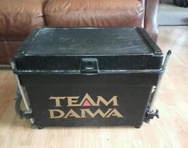 REDUCED : Team Daiwa fishing seat box with Octoplus legs