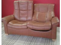 STRESSLESS RECLINING 2 SEATER SETTEE LOVELY CONDITION