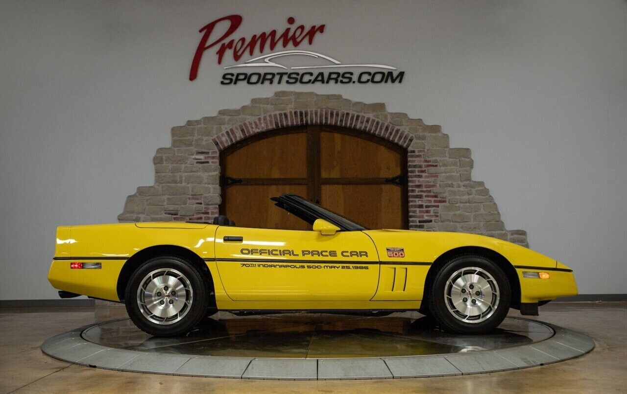 1986 Yellow Chevrolet Corvette   | C4 Corvette Photo 3