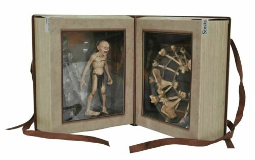 SDCC 2021 LOTR Deluxe Action Figure Box Set. Limited Edition. Previews Exclusive