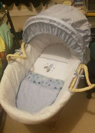Rocket ship Moses basket with stand