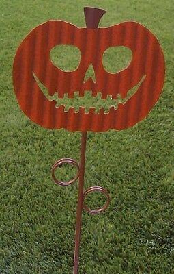 Garden Lawn Yard Decoration Halloween Happy Pumpkin metal pick stake NEW 18 tall - Halloween Garden Stakes