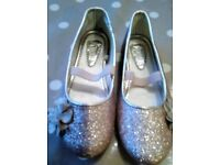 Unused monsoon girls party shoes size 7