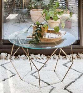 West Elm Medium Origami Coffee Table - AptDeco   300x266