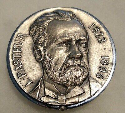 Inventor Louis Pasteur Medallion Case