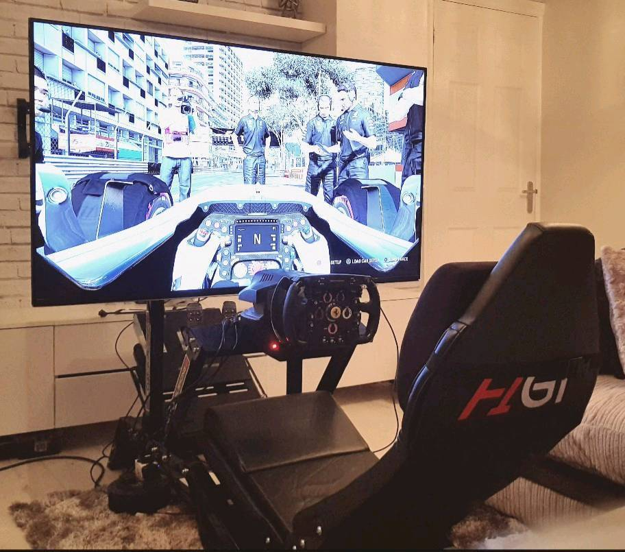F1gt cockpit inc thrustmaster rs500 f1 and monitor stand