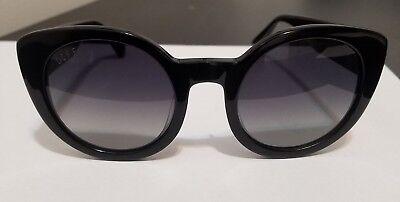 DIFF Eyewear | LUNA Round Sunglasses - Black Frame Smoke Gradient Polarized Lens