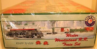 LIONEL 6-31901 Christmas Winter Wonderland RR Train Set NIB 2002
