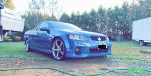 2011 VE SV6 UTE- 6 SPEED MANUAL- LOW KM