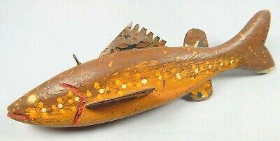 ANTIQUE / VINTAGE HANDMADE & HAND PAINTED PRIMITIVE WOOD & TIN FISH LURE DECOY