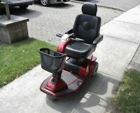 CANDY APPLE RED CELEBRITY X, 3-WHEEL MOBILITY SCOOTER