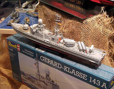 Schiffsmodelle gibt es in variantenreichen Ausführungen. (Norbert Schnitzler (CC BY-SA 2.0))