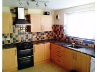 SUPERB SPACIOUS 3 BEDROOM HOUSE LOCATED IN DONAGHADEE BT21