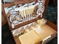 Vintage picnic case