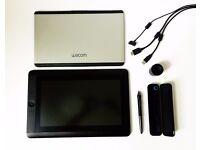 Wacom Cintiq 13HD Creative Pen Display (DTK-1300)