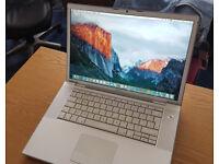 "** MacBook Pro. 15.4"" Screen. 4GB RAM. Good Condition **"