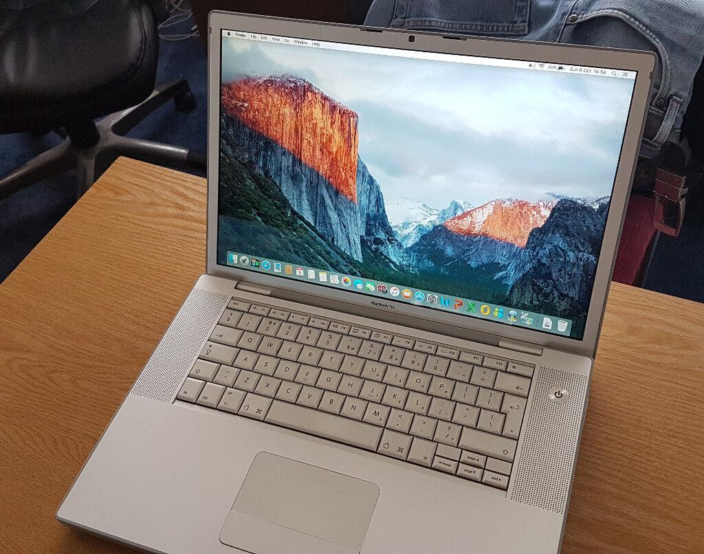"""* MacBook Pro. 15.4"""" Widescreen. 4GB RAM. Good"""