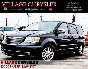 2016 Chrysler Town & Country Limited Platinum, Nav, Sunroof, Tra
