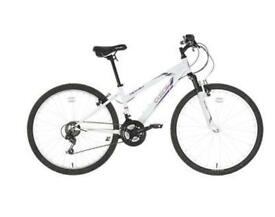 BRAND NEW GIRLS BIKE FROM HALFORDS RRP £129