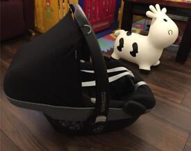 Maxi Cosi Pebble Black London Croydon Baby Newborn Group 0