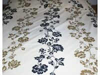 Double Duvet Cover and Matching Pillow Cases