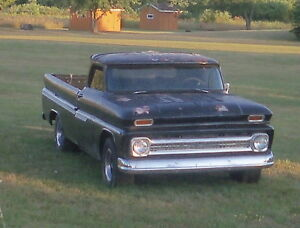 """""""Hot Rod"""" Chevy C10 (Chopped, Lowered, Louvers)"""