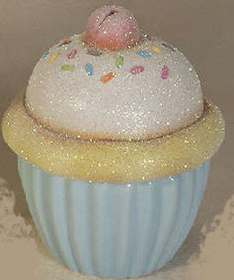 """Ceramic Bisque ready to paint Cupcake box 4"""" tall"""