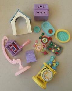 FISHER PRICE LOVING FAMILY DOLLHOUSE ACCESSORIES INCLUDING PETS Thornlie Gosnells Area Preview