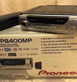 Pioneer DEH P8400MP Radio / CD / MP3 player