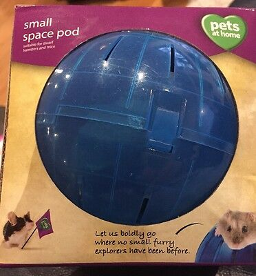 SMALL SPACE POD PETS AT HOME FOR DWARF HAMSTER / MOUSE EXERCISE ()