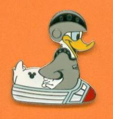 SPACE MOUNTAIN DONALD DUCK Rubber Duckie 2007 Hidden Mickey Disney Pin 56892