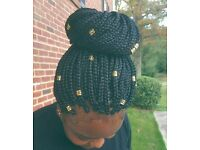 Afro Caribbean hairdresser, specialist in box braids, twists, weave, Ghana braids, closure