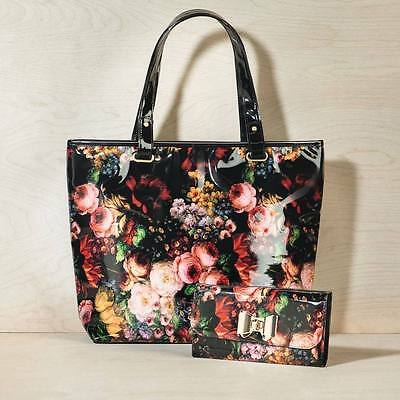 FLORAL BLACK SHOPPER PURSE SET includes 4 Lipsticks by AVON UK