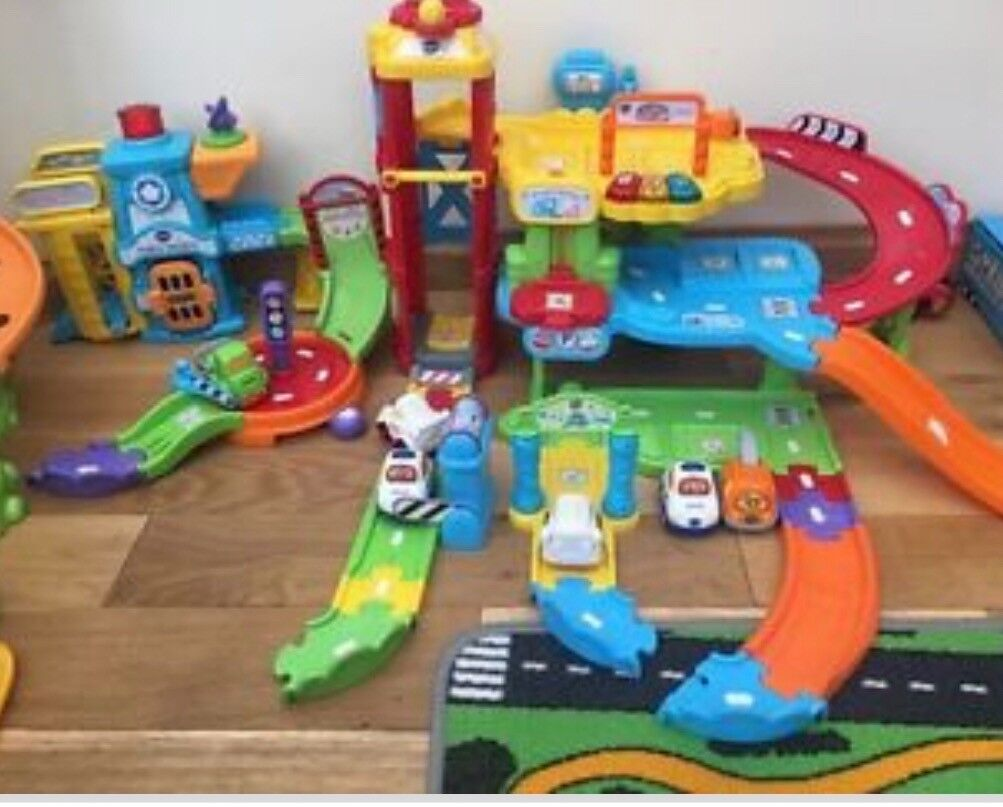 V Tech Garage : Vtech toot toot drivers garage and police station in gorseinon