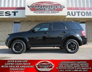 2012 Ford Escape 4X4, LEATHER, SUNROOF, BLUETOOTH, SHARP MB SUV!