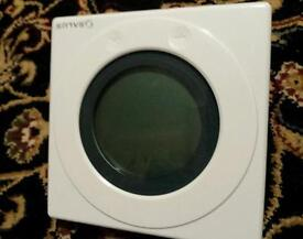 Salus boiler thermostat with plug in program control