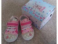 BRAND NEW Bebelite girls shoes - size EUR 22