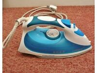 Morphy Richards Comfigrip 40708 Steam Iron