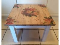 WOODEN SIDE/COFFEE/OCCASIONAL TABLE